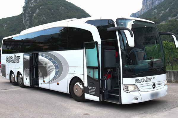 MERCEDES-BENZ TRAVEGO RHD-M (2014)
